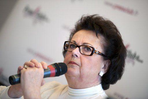 christine-boutin-candidate-a-la-presidentielle-2012-le-5-dec_457447