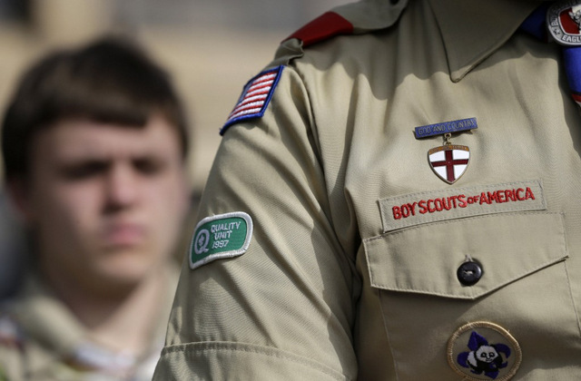 boy-scouts-gay-petition-1024x672