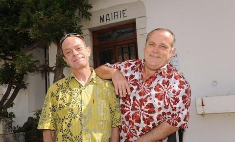 Jean-Michel-Martin-et-Guy-Martineau-Espel-le-15-juin-2013-dans-la-commune-basque-d-Arcangues-Pyrenees-Atlantiques_univers-grande