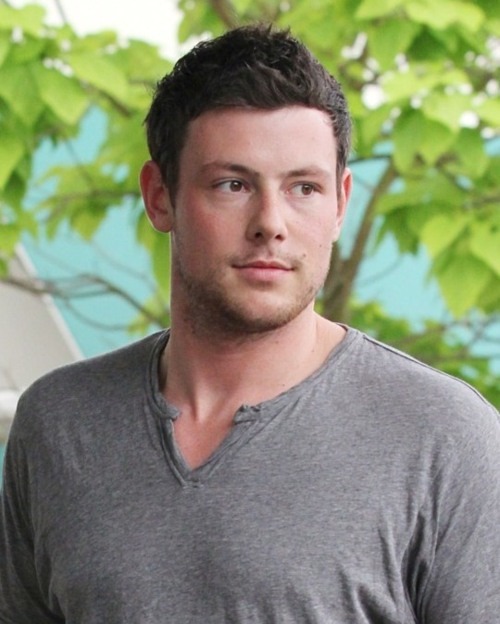 Sexy-Cory-Monteith-July-21-2011-cory-monteith-and-chris-colfer-23954180-500-624