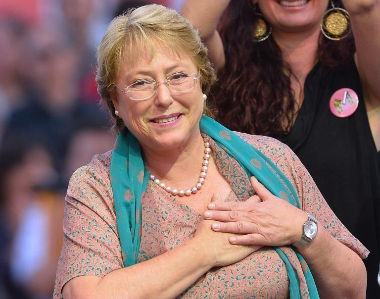 l-ex-presidente-et-candidate-chilienne-michelle-bachelet-lor_1349748