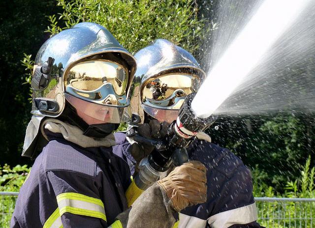 jeune-pompier-001