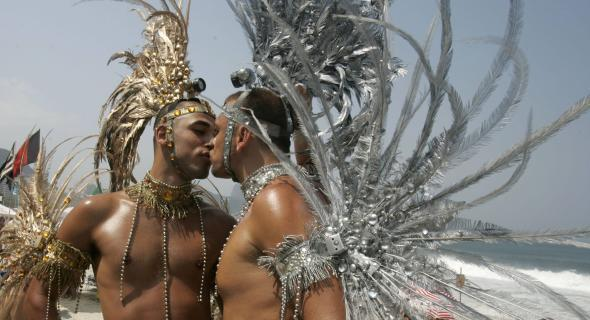 carnival-time-from-rio-gay-pride