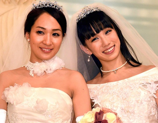lesbianas_boda_gay_japon_actrices