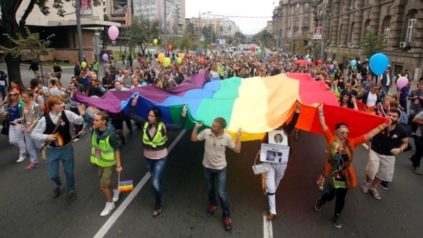 Serbia Gay Rights_AP-001