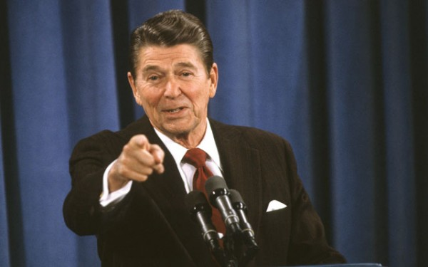 ReaganPointing130205