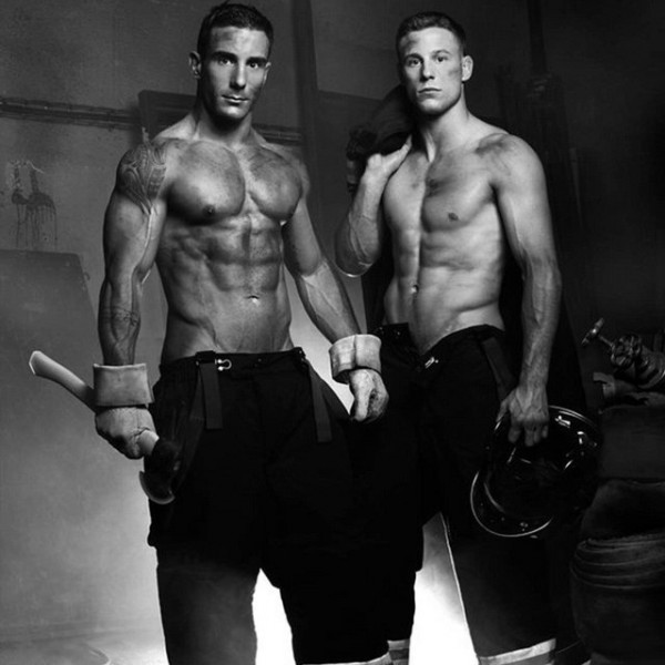 Sexy-French-Firefighters-Strip-Down-2016-Calendar