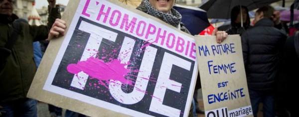2048x1536-fit_lors-d-une-manifestation-contre-l-homophobie-la-lesbophobie-la-transphobie-et-pour-l-egalite-des