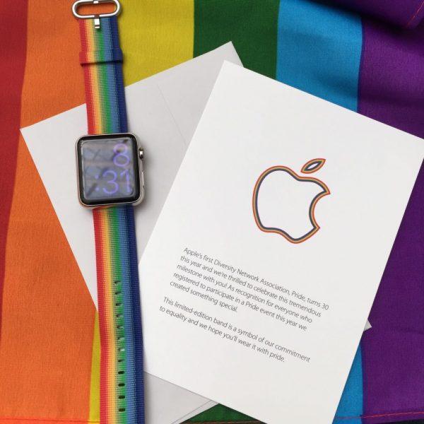 Apple-Watch-bracelet-gay-pride-2016-1024x1024
