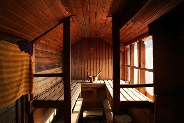 les 2 bonnes raisons de se faire un sauna 24gay. Black Bedroom Furniture Sets. Home Design Ideas
