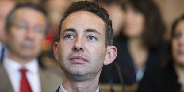 L-elu-communiste-de-Paris-Ian-Brossat-s-enerve-contre-un-journaliste-va-te-faire-foutre