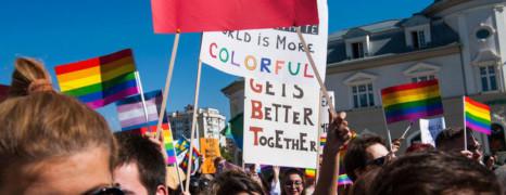 Kosovo : première Gay pride dans les rues de Pristina