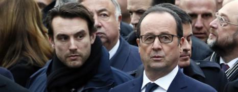 Marche : le garde du corps de Hollande qui fait le buzz