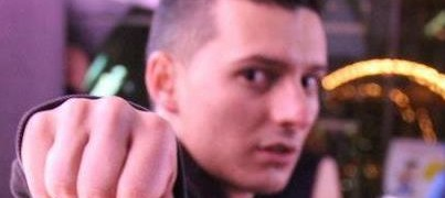 Un rappeur suisse homophobe