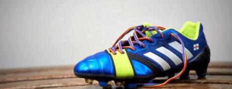 Les footballeurs porteront des lacets multicolores