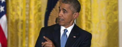 Un militant LGBT recadré par Barack Obama