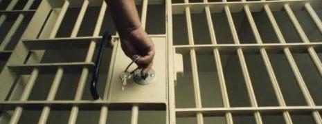 Indonésie : 10 hommes condamnés à 2 ans de prison