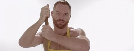 La nouvelle campagne de Boy Butter jugée trop sexe !