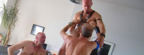 Les acteurs hétéros du porno gay