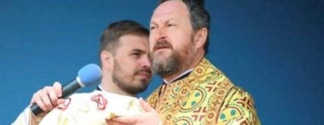Roumanie: un évêque filmé en plein ébats avec un mineur
