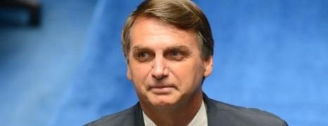Brésil : le candidat de l'extrême droite n'épargne pas les gays