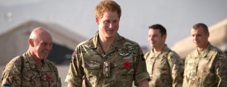 Le Prince Harry a protégé un soldat gay harcelé