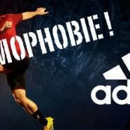 Adidas répond aux messages homophobes