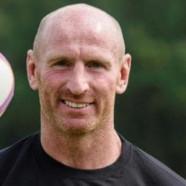 Gareth Thomas s'allie à un député pour bannir l'homophobie du foot anglais