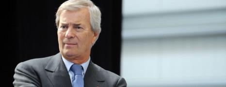 Affaire Hanouna : Bolloré enfonce le clou et réclame 13 millions d'euros au CSA