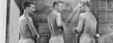 2ème Guerre Mondiale : des photos de soldats mis à nu