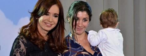 La présidente argentine marraine d'une fillette de deux lesbiennes