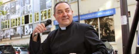 Amende requise contre l'abbé anti-mariage gay et anti-Taubira
