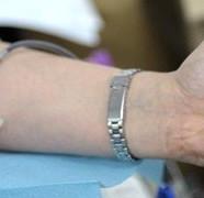 Le don du sang officiellement ouvert aux homos