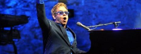 Elton John souhaite rencontrer Poutine
