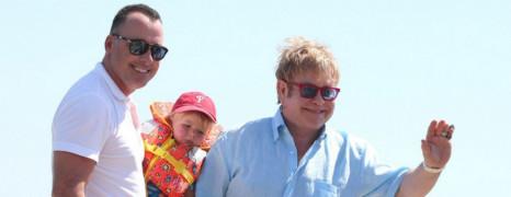 Plus d'enfant mais un mariage pour Elton John