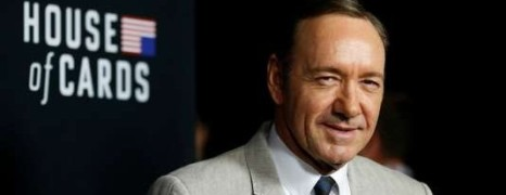 Affaire Spacey : Netflix suspend la production de la série House of Cards