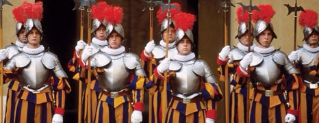 Vatican : un Garde Suisse harcelé témoigne