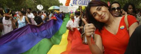 Inde : les homosexuels dans la rue