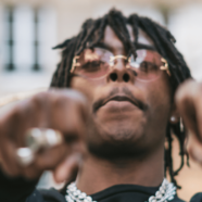 Le rappeur Koba LaD déprogrammé de plusieurs festivals
