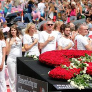 Les victimes du MH17 honorées à la Gay Pride d'Amsterdam