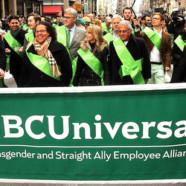 Un groupe gay à la parade de la Saint-Patrick à New York