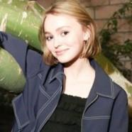 Lily-Rose Depp ne se sent pas 100% hétéro
