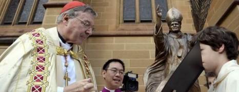 Des accusations d'abus sexuels hantent l'argentier du Vatican