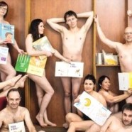 Des libraires nus pour défendre le livre Tous à poil