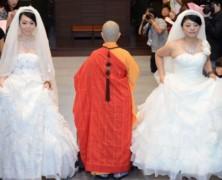 1er mariage gay bouddhiste à Taïwan