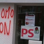 Des permanences PS vandalisées