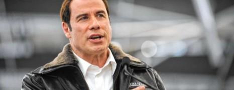 L'amant de Travolta vide son sac