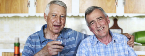 Les seniors gays plus isolés