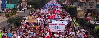 Mariage gay : le Pérou sur les pas de la France !